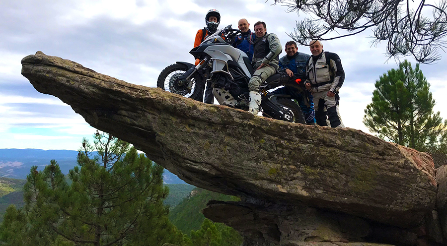 Cursos Moto Trail - Escuela Moto Trail - Viajes Moto Trail - Enduropark